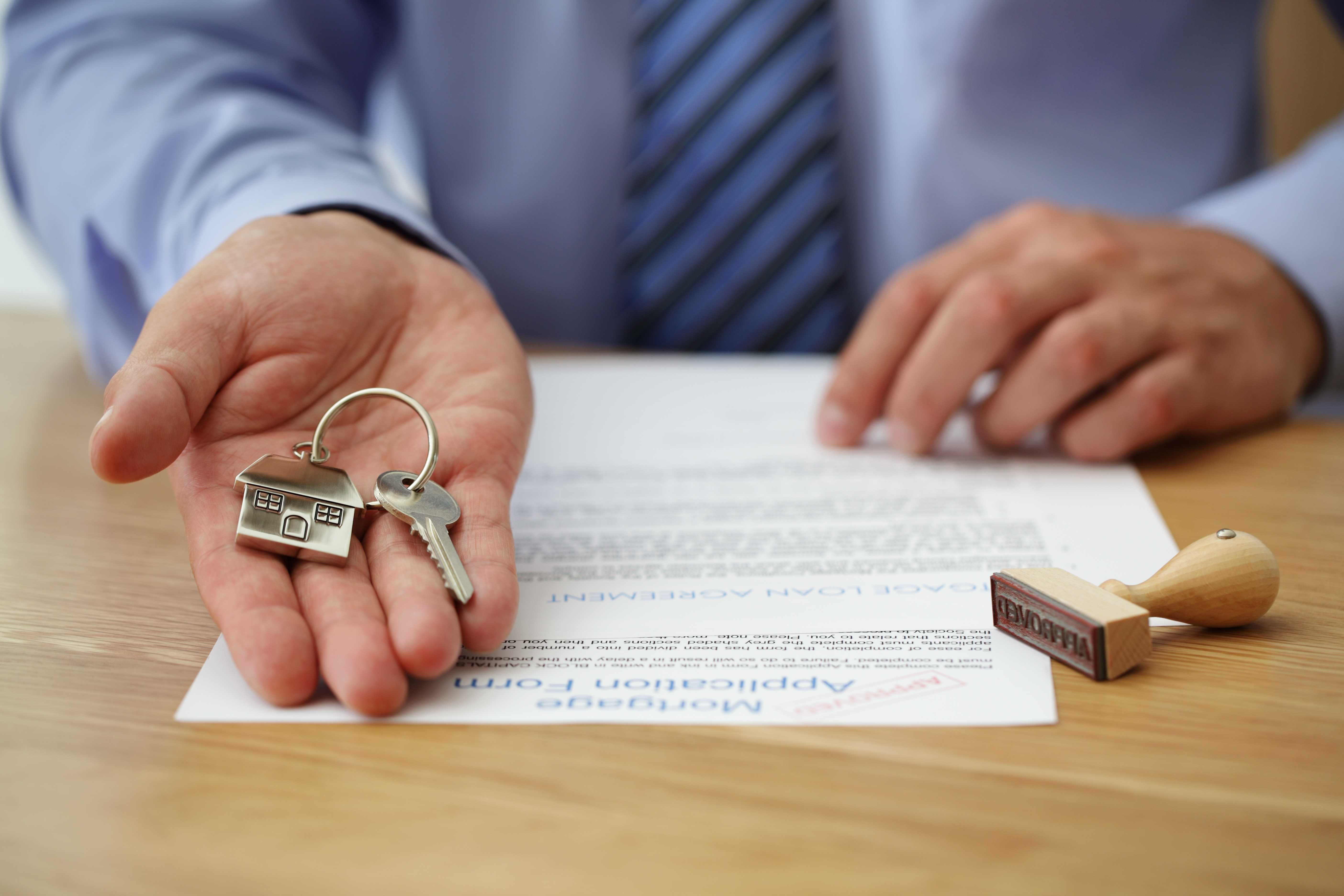 Mortgage Application Form and House Keys