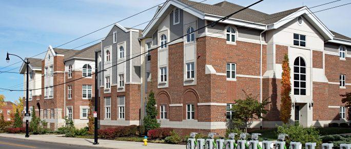 unoccupied apartment units